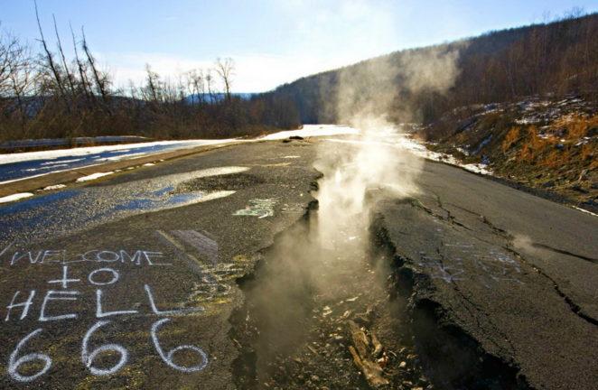 Бесконечный пожар: история американского города-призрака, который горит уже 55 лет